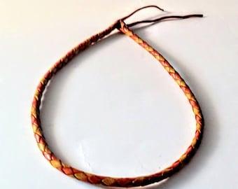 Cordones trenzados de cuero de colores