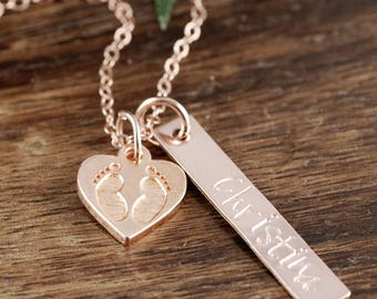 Rose Gold Mothers Necklace with Baby Footprints, New Mom Necklace, Personalized Jewelry for Mom, Baby Feet Mommy Necklace, Push Present