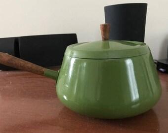 Mid Century Avocado Green Fondue Pot Wood Handle