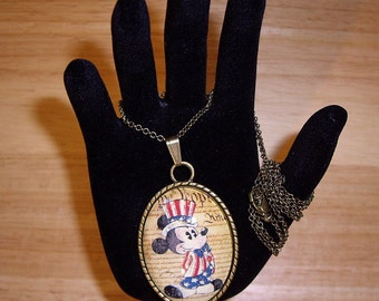 """Patriotic Mickey Pendant Necklace 24"""" Antique Bronze Chain With Glitter"""