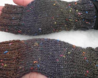 Wool tweed effect hand warmers / wrist warmers, fingerless gloves, purple, green and brown speckled gloves