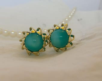 Gold Tone Screw Back Earrings with Teal Moonglow Lucite Beads, Aqua Blue Moonglow Earrings