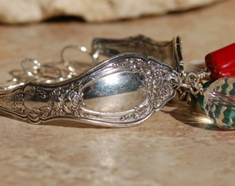 Vintage Silverplate Spoon Bracelet with Turquoise.....Unknown Pattern .....  no. 5519