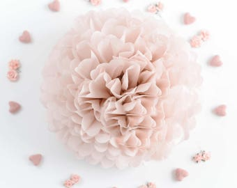 Dusty pink paper pom pom -  dusky pink / dusty rose / wedding decorations / party decor/ nursery decor/ bridal baby shower  / party poms
