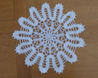 Ecru cotton doily