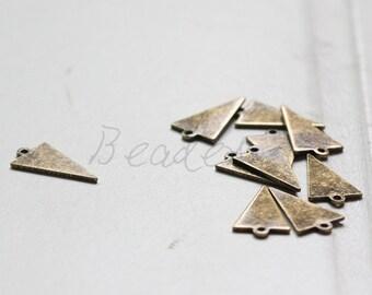 4 Pieces / Antique Brass / Brass Base / Geometry / Triangle / Arrow / Charm (C3079//A514)