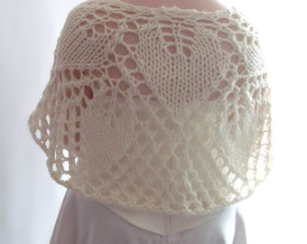 Knit Capelet, Knitted Shawl, Ivory Bridal Capelet, Lace Capelet, Knit Capelet, Bridal Shawl, Winter Wedding, Gift for Her, Mothers Day Gift
