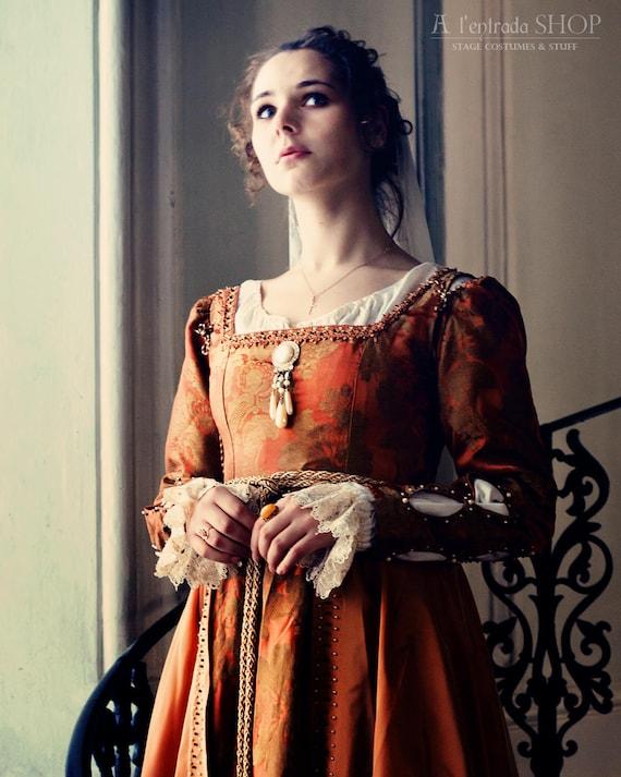15th Century Dresses