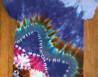 Size M tie dye lower mandala tshirt OOAK twilightdance
