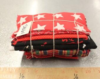 Fabric Scraps / Vintage Fabric Scraps / Fabric Scrap Bag / Scrap Fabric / Fabric Grab Bag / Red Scrap Bundle / Fabric Destash / Quilt / SB61
