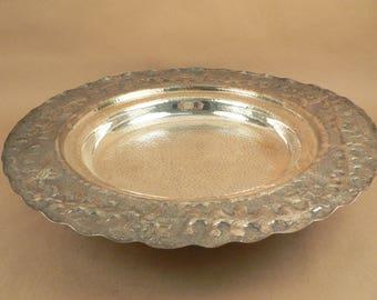 Vintage Hammered Silver-Plated Centerpiece Platter    01967