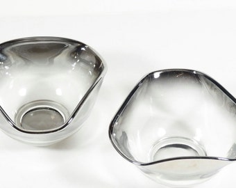 2 - Vitreon Queens Lusterware Silver Ombre Triangular Bowls - Silver Fade Bowls - Set of 2