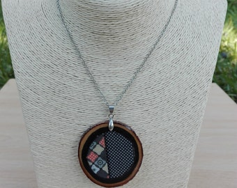 Necklace and pendant wood rustic and resin, style Mandala