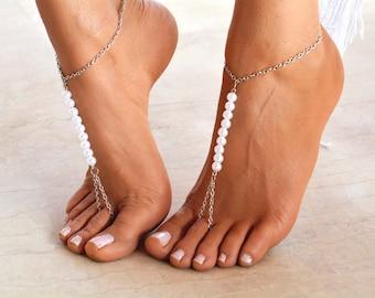 "Women Barefoot Sandal ""Queens Pearl "", wedding sandals, wedding barefoot, soleless sandals, ankle jewelry, foot jewelry"