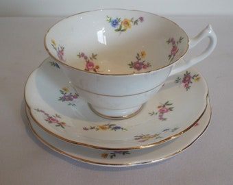 Vintage Collingwoods Teacup And Saucer And Cake Plate With Pink Roses And Flowers. 1950 Tea Cup Trio. Pretty Tea Set, Ideal For A Tea Party