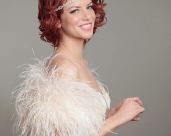 "As Seen in ""The Knot"" Ostrich Feather Toss Mini Cape"