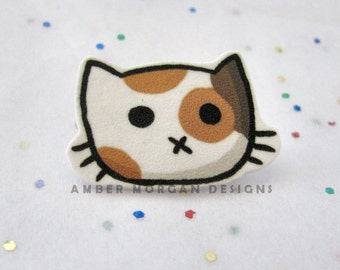 Calico Cat Brooch, Cute Cat Pin, Cat Face Pinback, Cute Cat Accessory, Funny Button, Cat Pin, Wearable Art, Kawaii, Sweet Kitty face