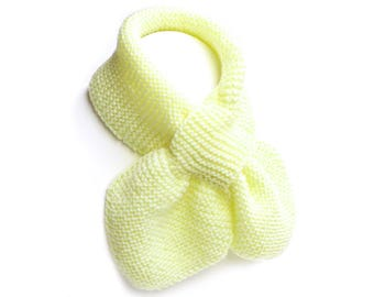 Unisex Toddler Pale Yellow Pull Thru Knit Scarf. Kids Keyhole Bow Tie Muffler 2 to 4 Years. Child's Winter Neck Warmer Wrap. Loop Ascot