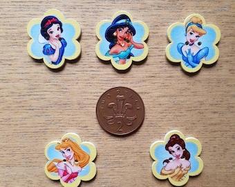 set of 5 Disney princess buttons