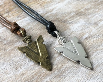 Mens Arrowhead Necklace Native American Jewelry Valentines Gift for Men Black Necklace Spearhead Necklace Arrowhead Pendant Boyfriend Gift
