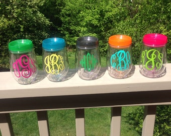 Monogrammed Acrylic Stemless Wine Tumbler - Bev2Go - 7 Color Lids, Monogram in Vinyl (you select vinyl color & lid color) -Wine2Go Cup