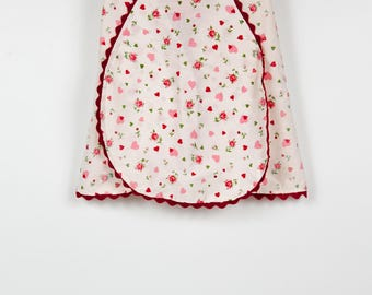Vintage Half Apron with Pink and Red Hearts, Valentine's day
