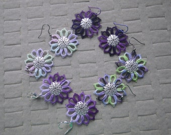 tatted lace earrings based on Dresden Plate quilt pattern, purples and lavenders, handmade tatting