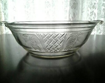 Vintage Pyrex Baking Serving Dish Clear