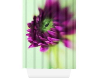 Modern Flower Shower Curtain for Bold Bathroom Decor