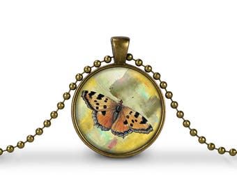 Beautiful Monarch Butterfly  / 30mm Antique Gold Glass Pendant Necklace or Key chain