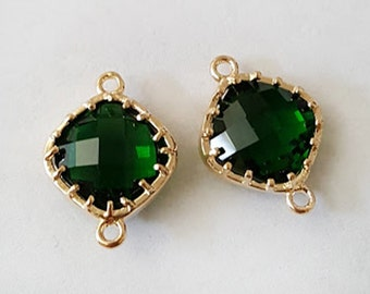 18x13mm Faceted Emerald Green Glass Gold framed metal Connector findings - 2pcs