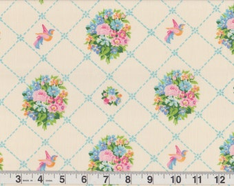 "Vintage 1970s Gloria Vanderbilt Atelier Martex 50/50 Percale Bedsheet FQ | vibrant bird doves garden lattice | Fat Quarter 18"" x 22"" pre-cut"