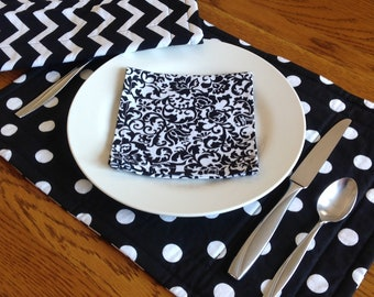 Fabric Placemat (set of 4) Black and White Polka Dot Modern Decor