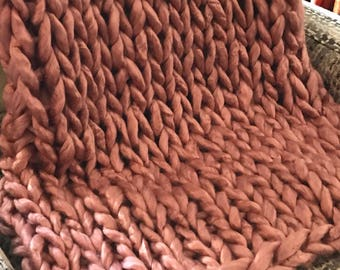 Rose Petals Chunky Luxe Blanket