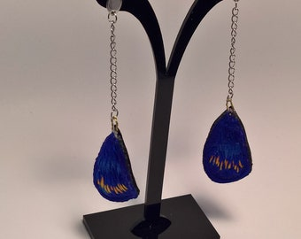 Earring pendant steel / embroidered