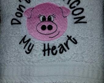 Pig Embroidered Kitchen Towel Set
