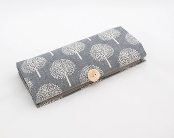 Holder for jewelry. Jewelry organizer for home and travel. Case for storing jewelry. Gift for women. Trees, nature. Gray.