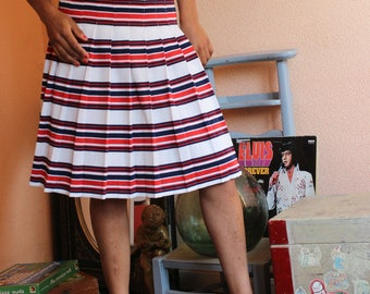 White red blue striped 80s high waist skirt pleated pleats excellent condition class dinner meal, prom, evening, vacation