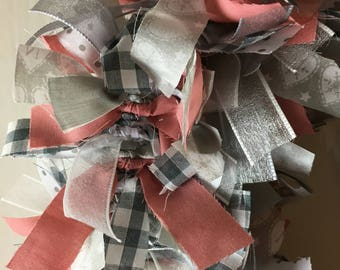 Gorgeous Scandi wreath in silver, white and dusky pink