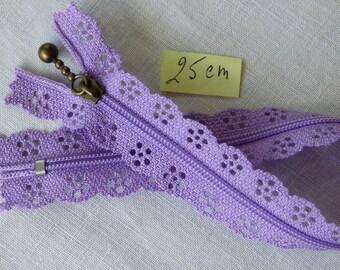 Zipper lace purple 25 cm