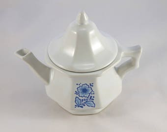 Avon Teapot Candle Holder