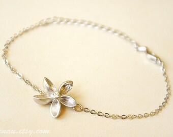 Frangipani Bracelet, Silver Bracelet, Windmill Flower Bracelet,  Charm Bracelet, Silver Flower Bracelet, Plumeria Bracelet, Dainty bracelet