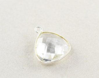 Argent sterling clair Quartz charme, charme de Triangle argent pierres précieuses, 15mm breloque Pierre, un