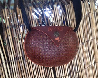 Calabash purse/handbag carved with stars