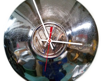 VW Bug Clock - Volkswagen Beetle Hubcap - Retro Volkswagon - VW Bus Hub Cap - Classic Car Wall Decor - Father's Day Gift