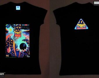 Merlin UV Black Light Fluorescent & Glow In The Dark Phosphorescent Psychedelic Psy Goa Trance Art Club Womens T-shirt