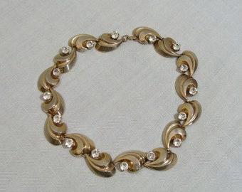 Vintage Gold & Rhinestone Necklace