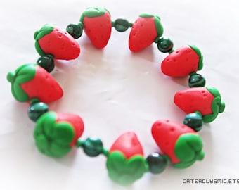 Bracelet de charme de fraise