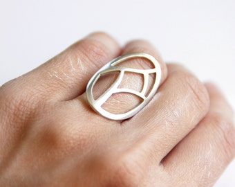 Statement ring, Sterling Silver Oval Ring with a Geometric Cut out design, Gift for her, Geometric Statement Ring, gift for women