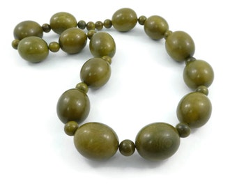 Vintage, Olive Green, Bead Necklace, Resin?, Screw Clasp
